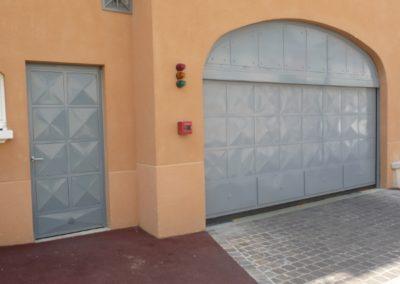 portillon automatique de garage collectives avec portillon