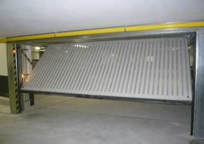Sous sol portes de garage avec ventilation totale