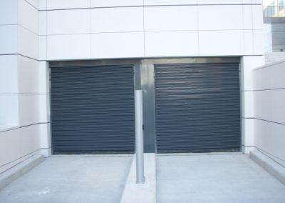 Double portes automatiques de garage collectives